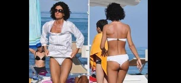 Agnese Renzi, primo bikini in spiaggia: prova costume ...
