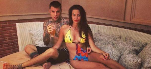 Fedez, la fidanzata Giulia torna sui social network: le critiche continuano