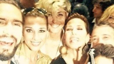 Barbara D'Urso, un compleanno in stile anni Settanta: tanti ospiti vip al party [FOTO]