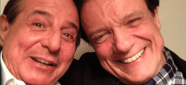 """Giancarlo Magalli scrive """"Tiè"""" e si fa un selfie con Massimo Ranieri. Una vendetta contro Morandi?"""