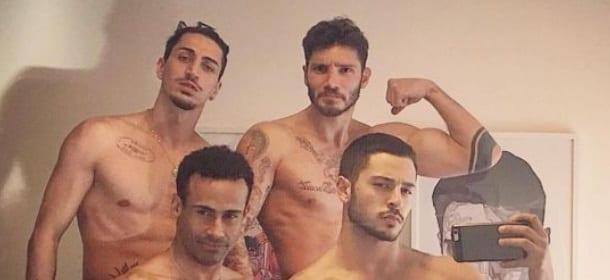 """Giuseppe Giofrè, Stefano De Martino, Marcello Sacchetta e Amilcar Gonzalez: selfie da """"infarto"""""""