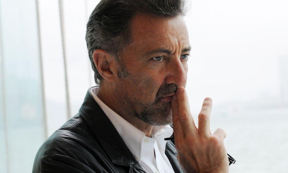 Barbareschi assume Brizzi e insulta: 'quelli del #metoo sono mentecatti'