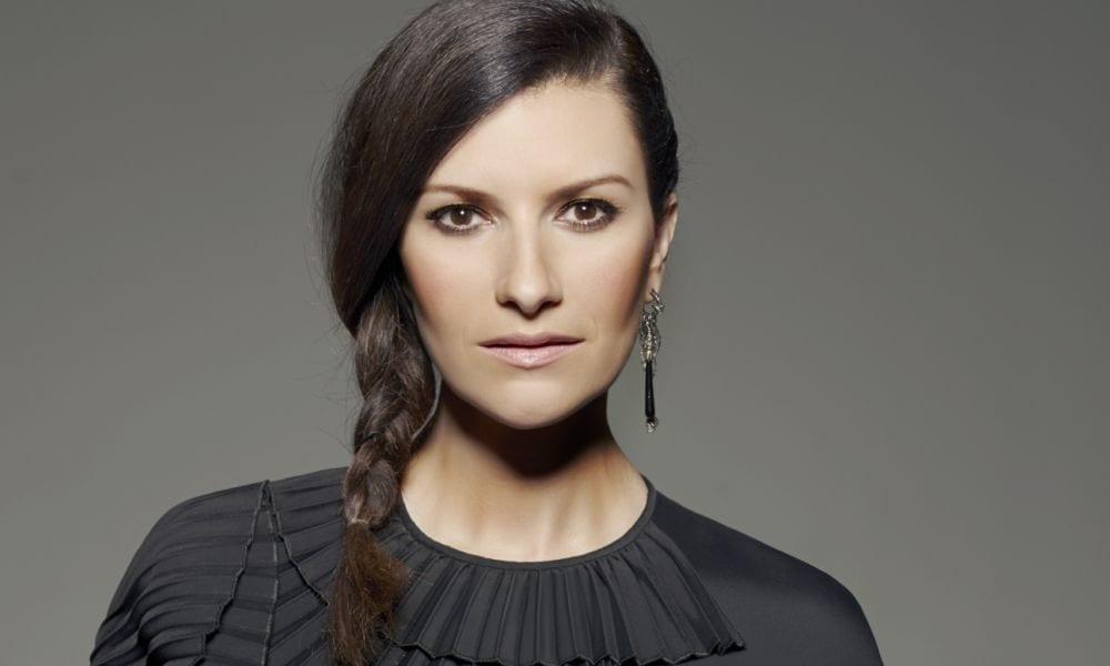 Laura Pausini risponde alle polemiche (infondate) su Amiche per L'Abruzzo