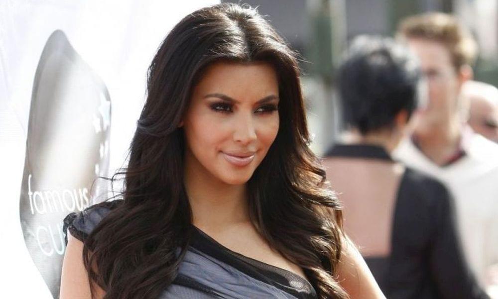Kim Kardashian, che paura: rapinata nel suo albergo a Parigi