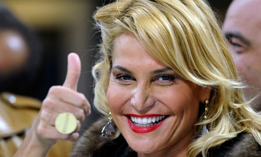 Paola Caruso vs Alessia Macari: i video della lite a Selfie
