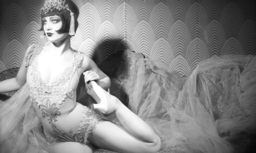 burlesque-dentro