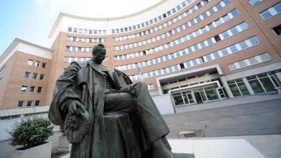 Brescia: gira film hard in casa, il Tribunale le toglie i figli