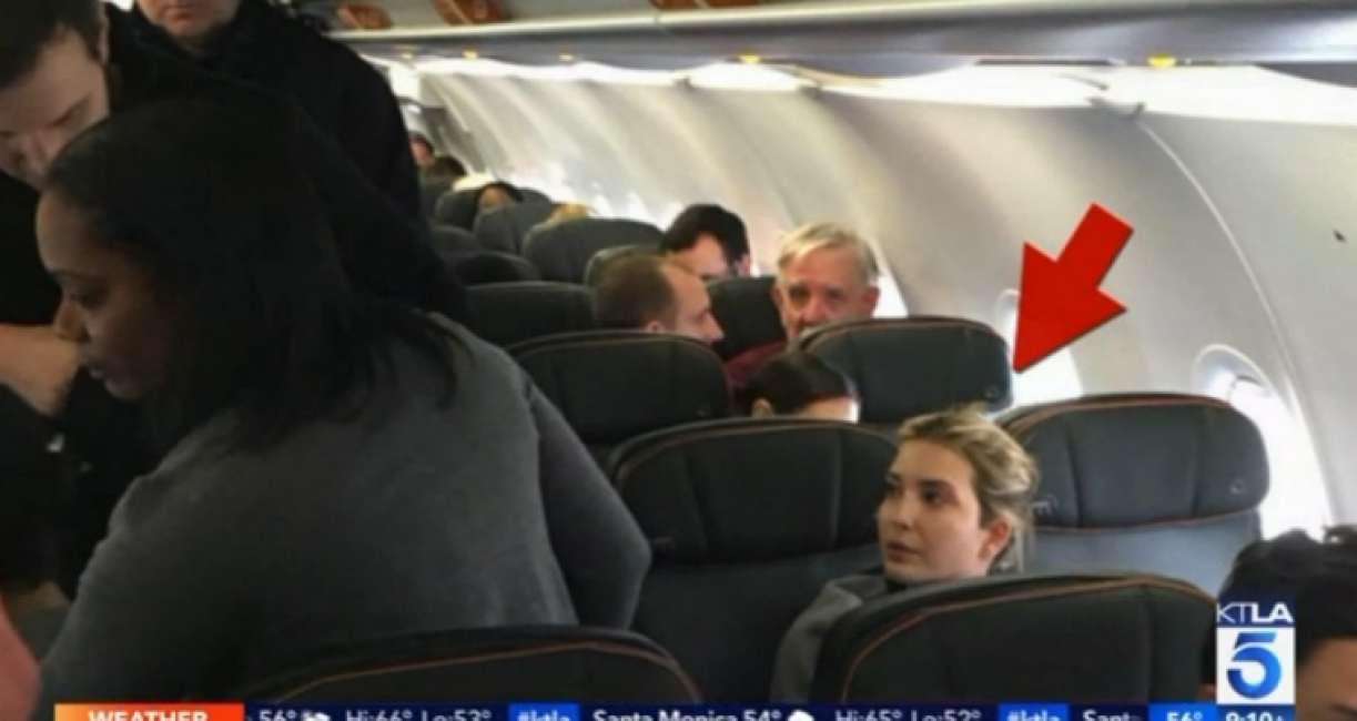 Offende Ivanka Trump a bordo di un aereo L'uomo viene cacciato dall'equipaggio