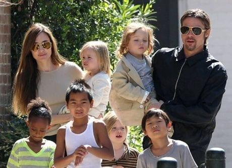 thumb-jolie-pitt-family