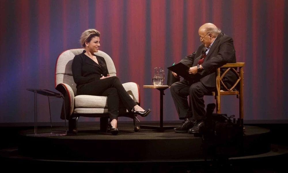 Emma Marrone intervista da Costanzo le lacrime ei video mai visti