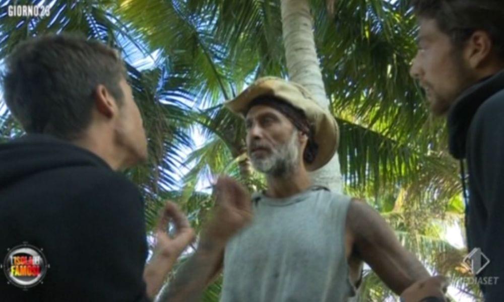 Isola dei Famosi: tutti contro Raz Degan. Ecco perché COMMENTA