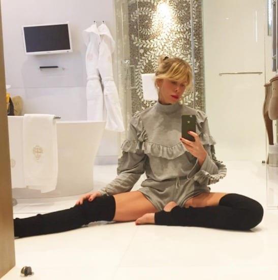 Alessia Marcuzzi: botulino e amicizia con la De Grenet, pioggia di critiche