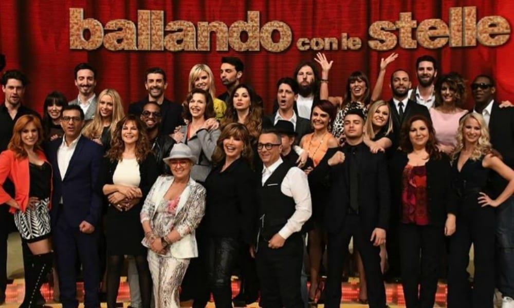 Ballando con le stelle 2017 anticipazioni: Paolo Fox ospite della terza puntata
