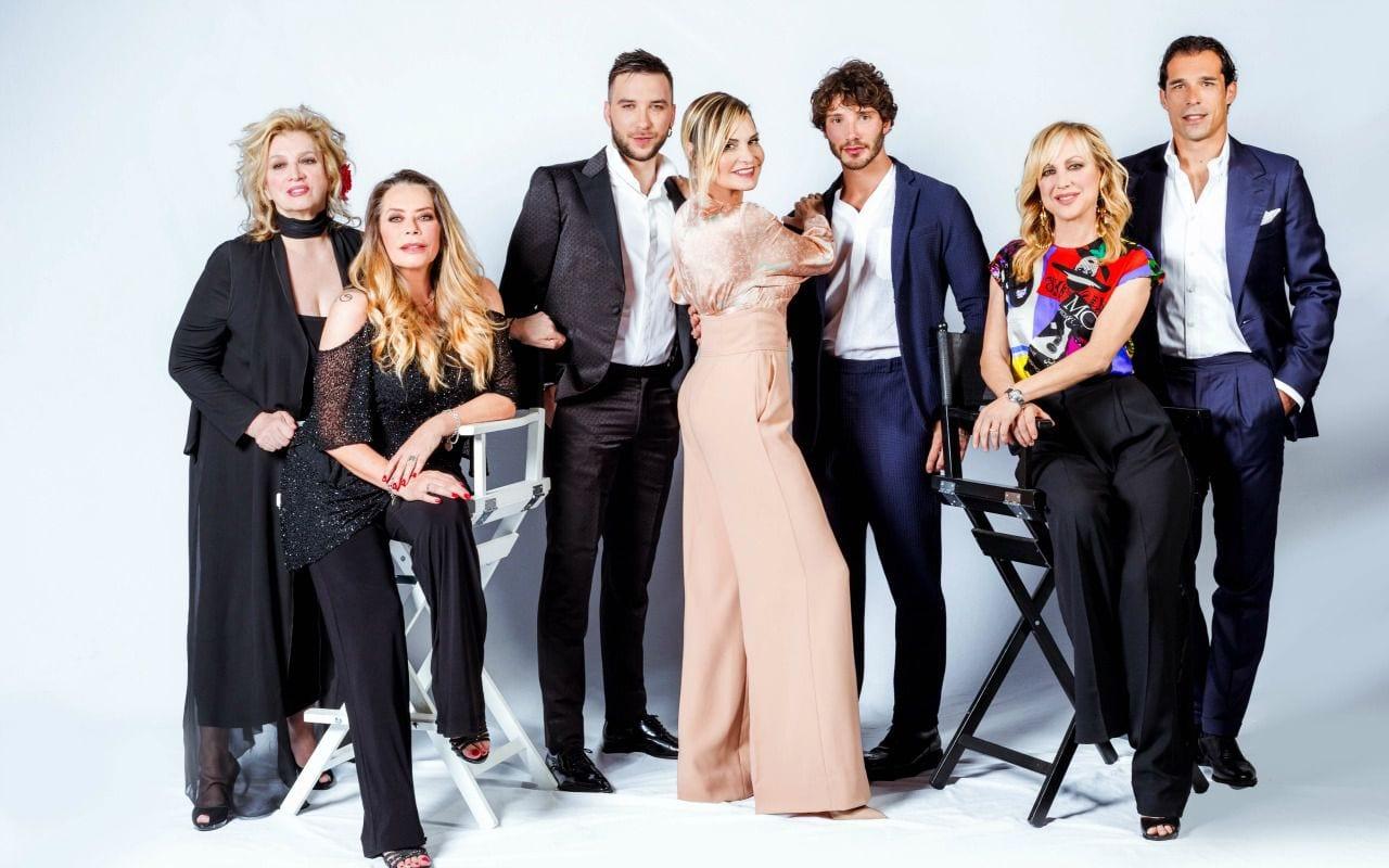'Selfie' non va in onda oggi, lo show tv spostato a venerdì