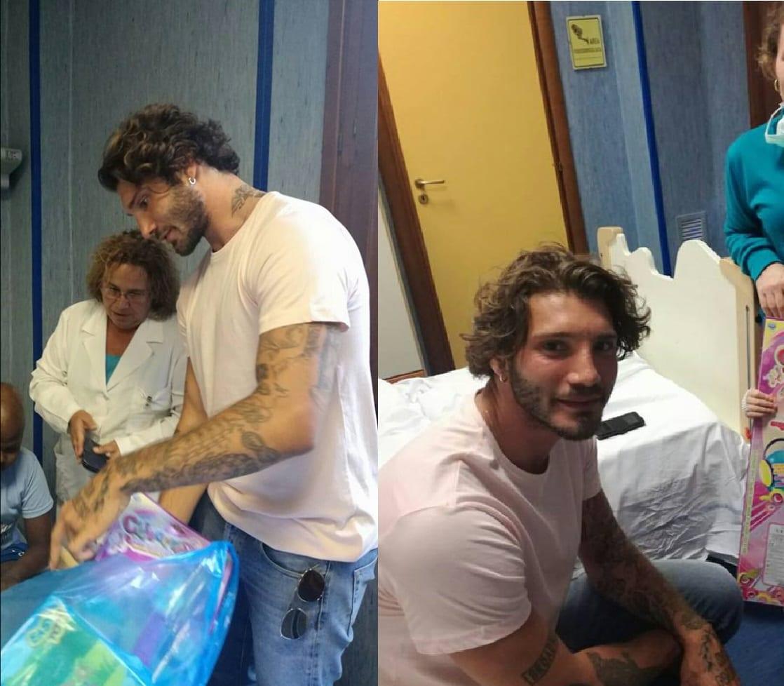 Stefano De Martino, giornata coi bimbi di un reparto oncologico