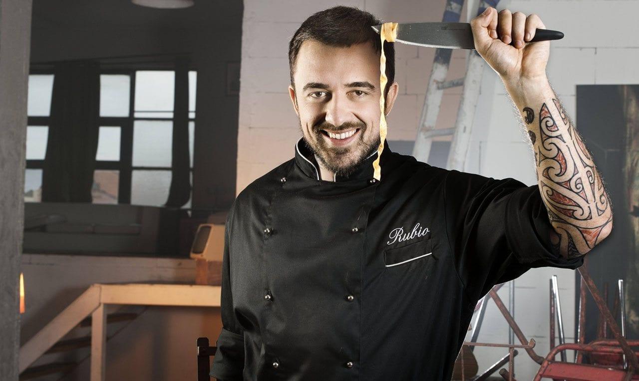 """Polemica Chef Rubio- Fedez: """"Sono il tuo autore vorrei il 5% di tutte le idee che rivendi"""" [FOTO]"""