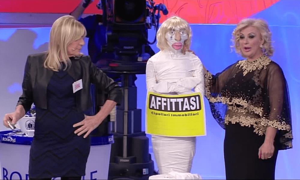 Uomini e Donne: Gemma Galgani, nuovo flirt in corso? | Anticipazioni over