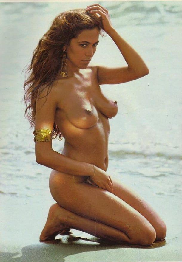 christin cavelleri naked pics