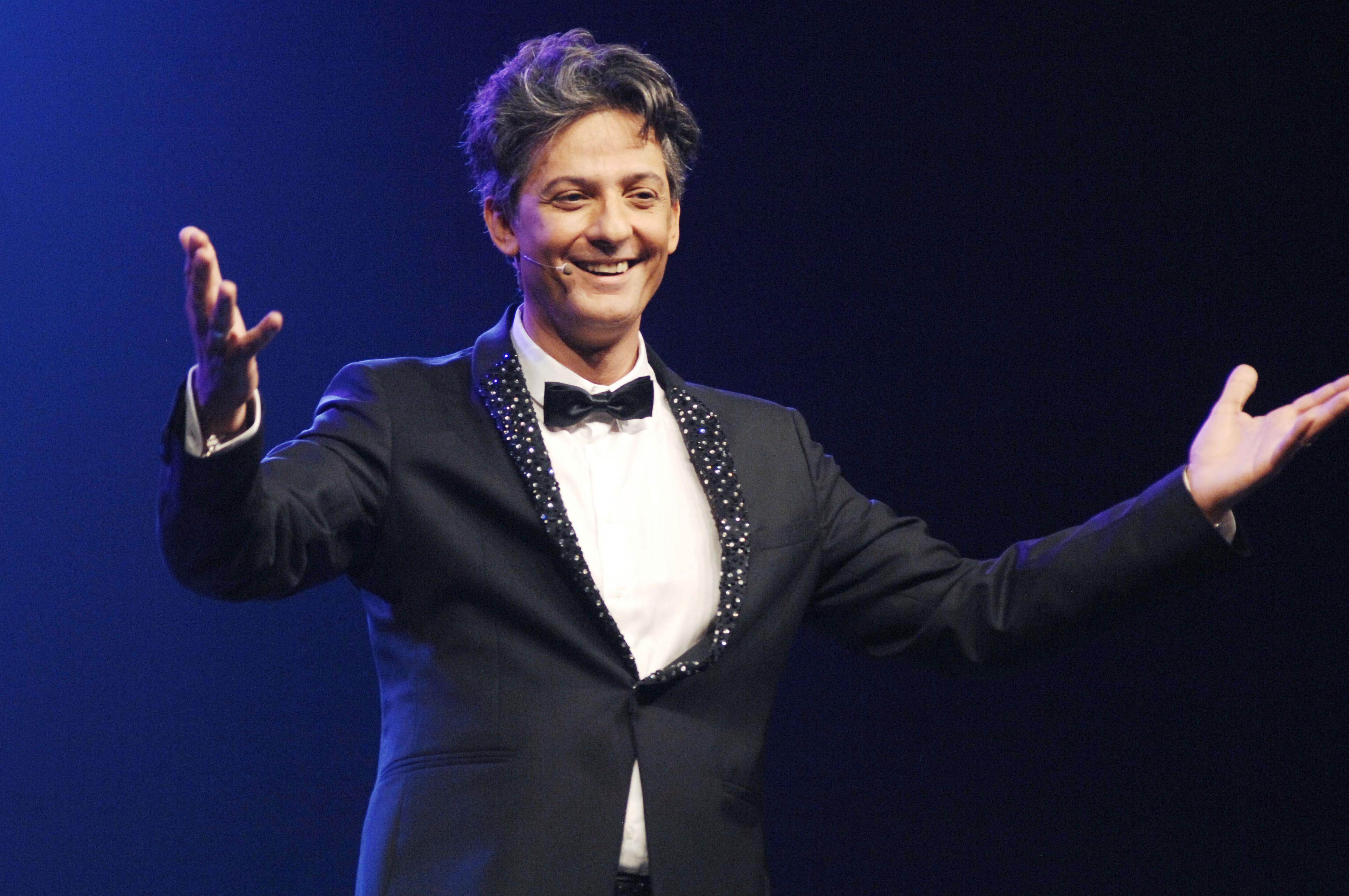 """Fiorello contro La Vita In Diretta: """"Mamma cambia canale"""""""