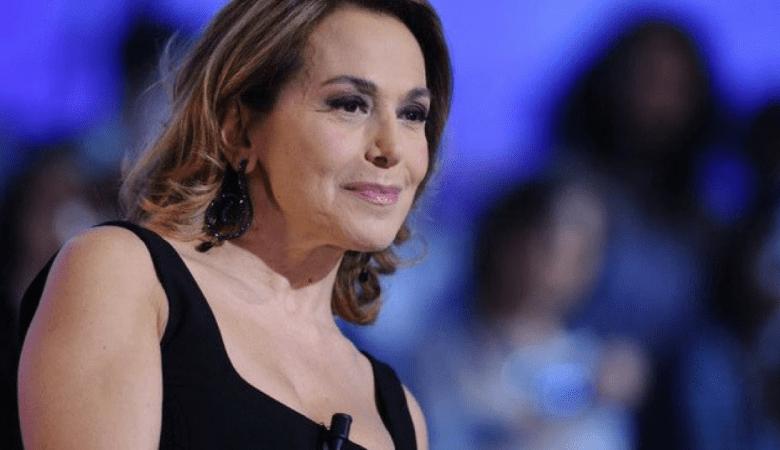 Teresanna Pugliese attaccata da Mercedesz Henger a Domenica Live