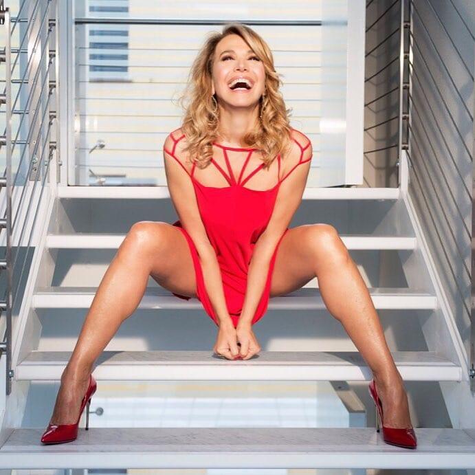 Barbara DUrso nuda e super sexy: ecco come è stata beccata