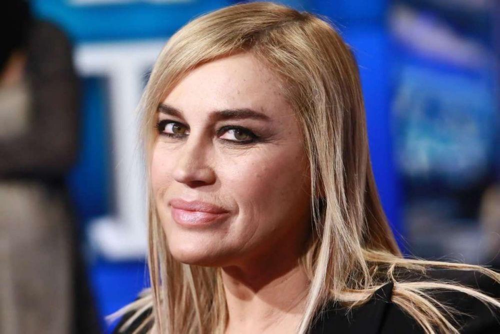 """Lory Del Santo contro Stefano De Martino: """"Sembra un burattino"""". E su Alessia Marcuzzi..."""