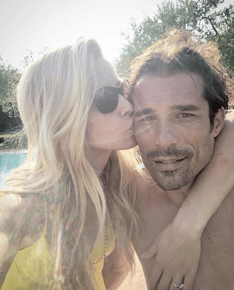 Elena Santarelli, perché ha parlato della malattia del figlio su Instagram