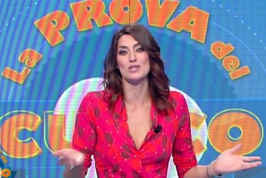 Antonella Clerici torna con Portobello ma esce sconfitta da Maria De Filippi