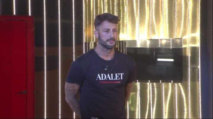 Fabrizio Corona denunciato dal Codacons per pubblicità occulta