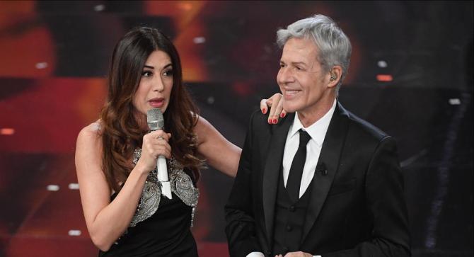 """Sanremo 2019, Claudio Baglioni bollente: """"C'eravamo anche noi sotto la gonna di Virginia Raffaele"""""""