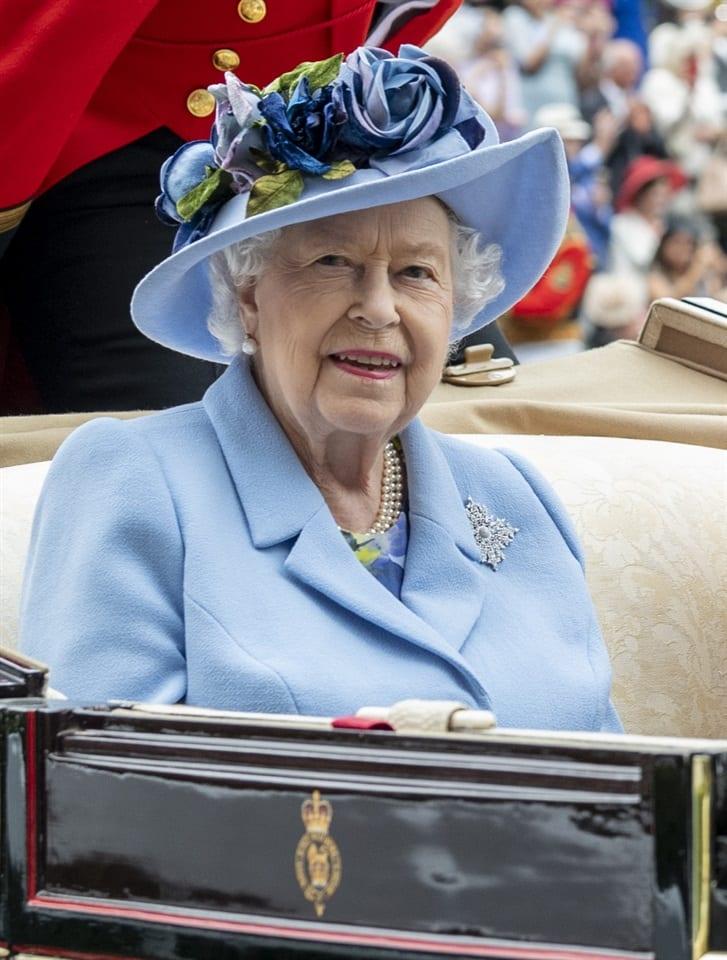 Royal Wedding in segreto a Windsor: complice la regina Elisabetta
