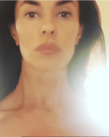 Maria grazia cucinotta selfie