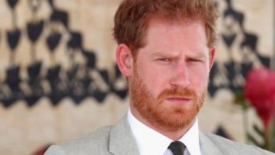 Harry pronto a tutto per difendere Meghan: spuntano le minacce al suocero