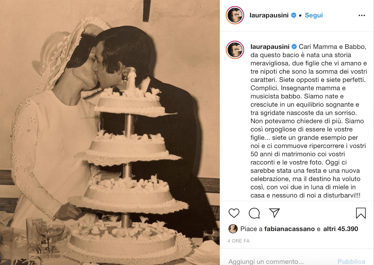 Laura Pausini, genitori lontani dai figli:
