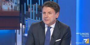 Giuseppe Conte sta male? Da Lilli Gruber tossisce e suda: scoppia la polemica