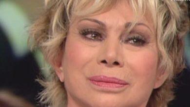 Carmen Russo lacrime