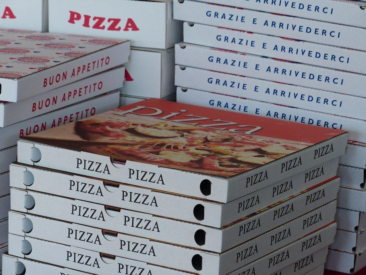 robot consegna pizza a domicilio