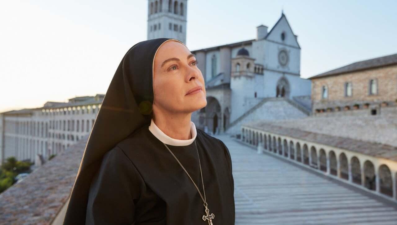 Elena Sofia Ricci Che Dio ci aiuti